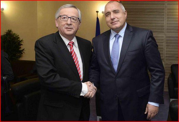 """Juncker ammonisce: """"L'Italia non si lamenti!""""."""