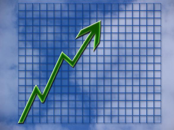 Confcommercio: consumi boom a Luglio, partita la ripresa?