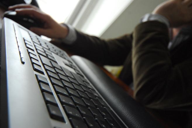 Corte di Strasburgo: sì al controllo dell'email aziendale